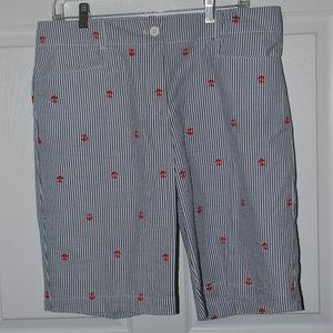 Bermuda blue/white seersucker shorts.